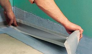 Krok VII - Rozprowadzenie preparatu wzdłuż całej ściany
